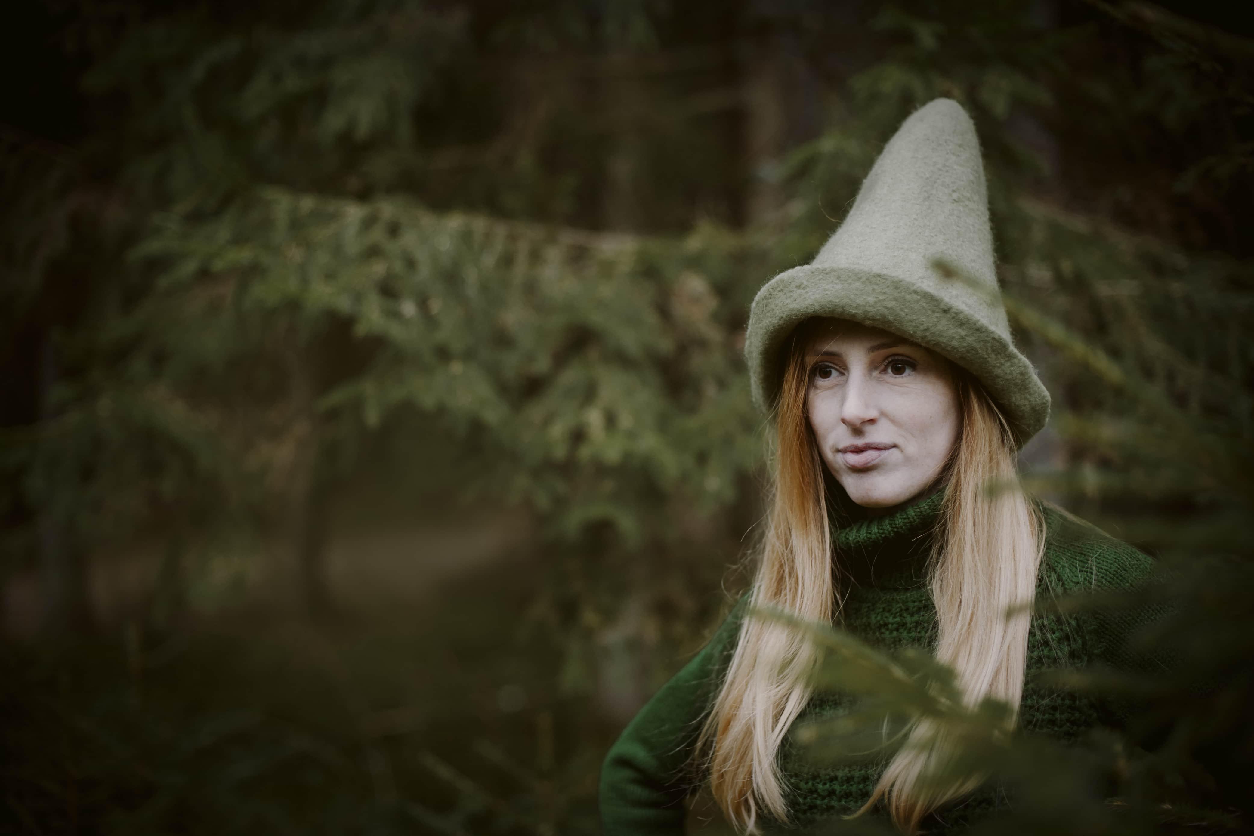 zielona wełniana czapka elfa