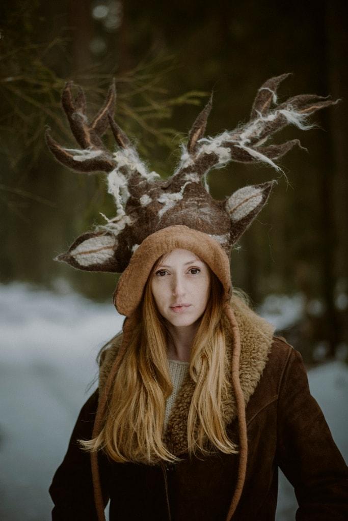 czapka jeleń brązowy