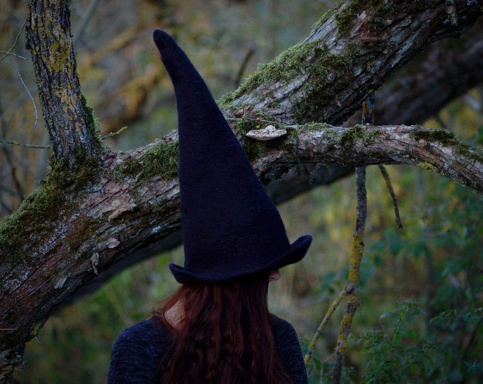 wiedźma czarna czapka filcowa