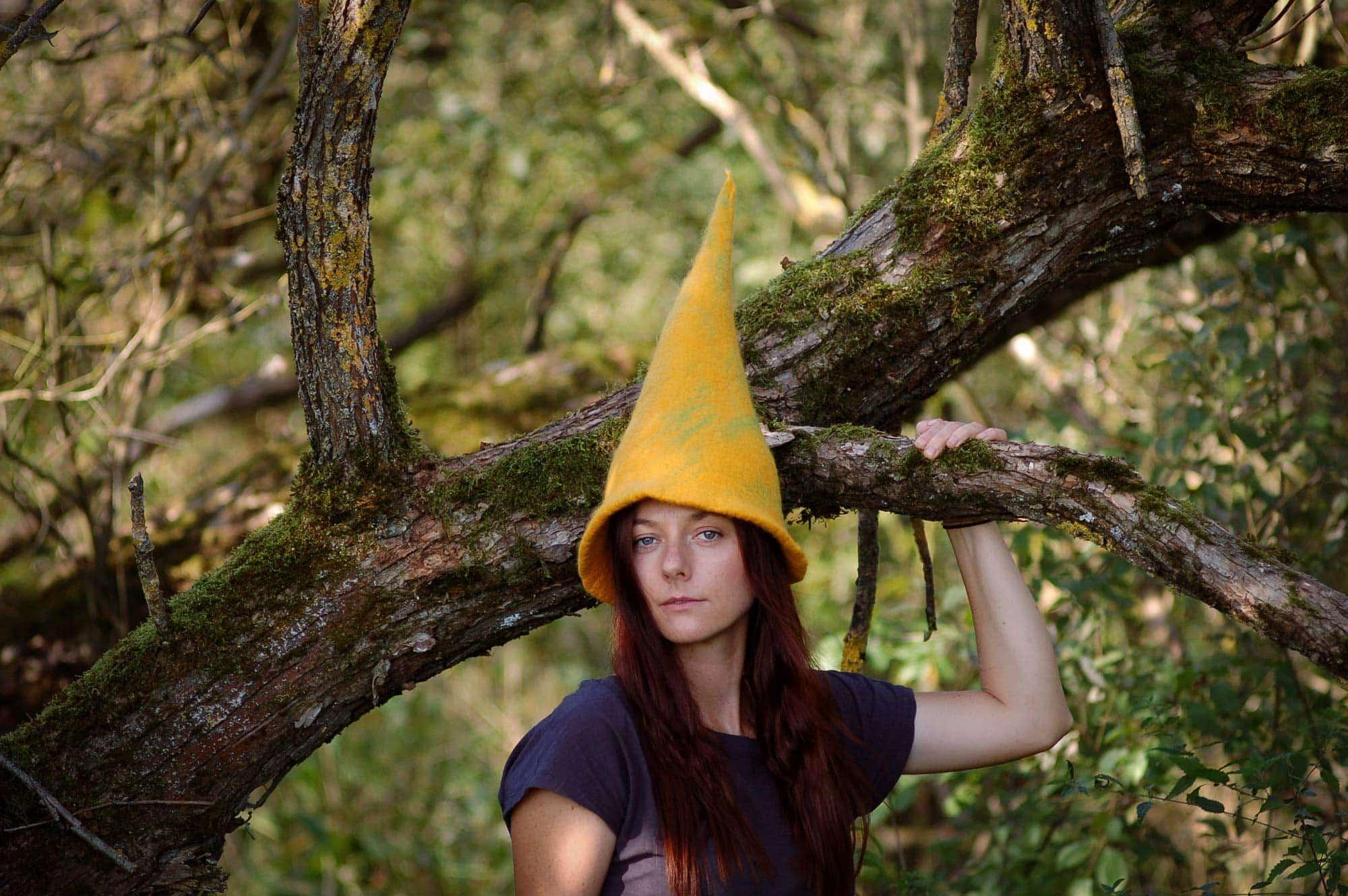 czapka kostiumowa wysoka żółta