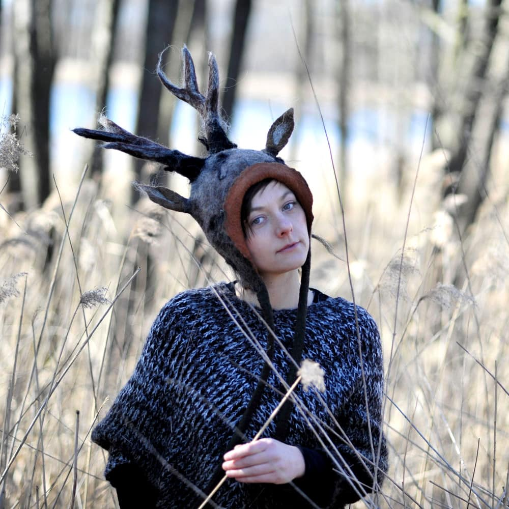 czapka jelen