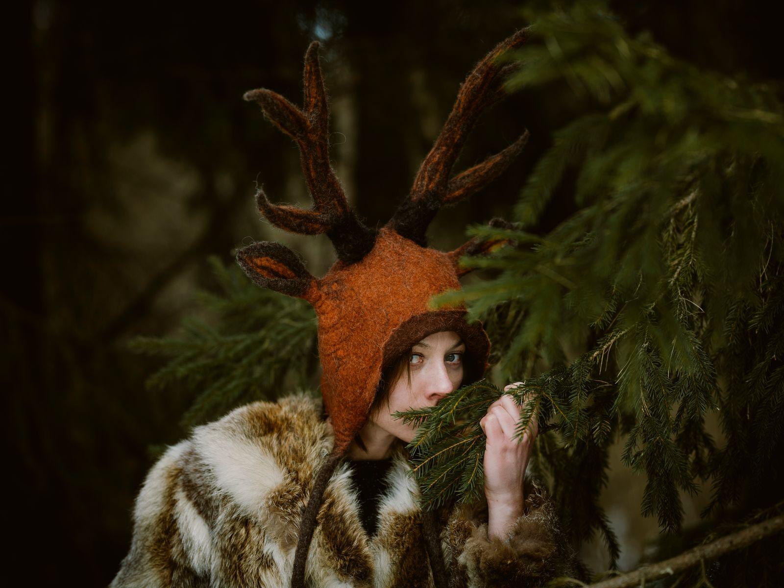czapka-z-rogami-jelenia