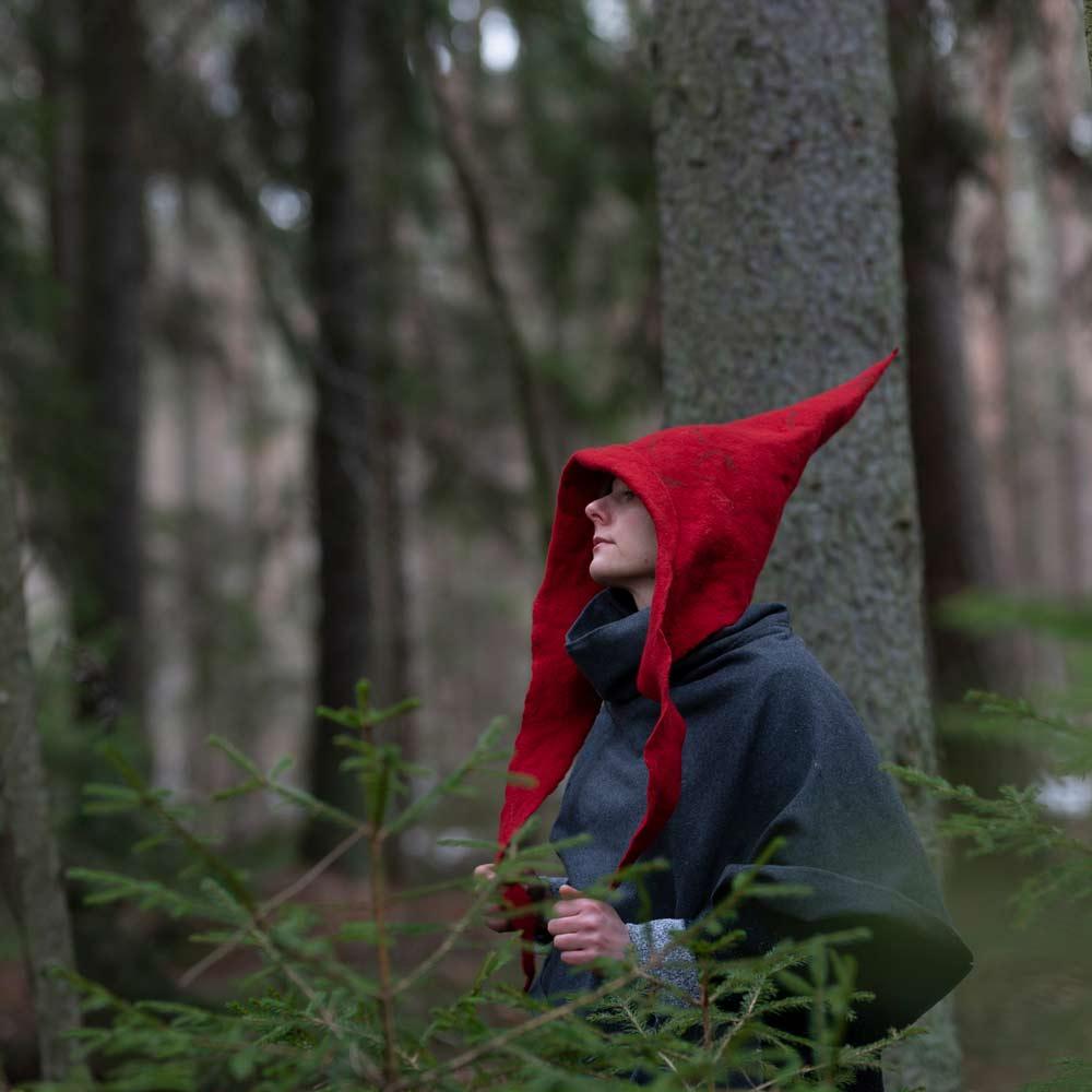 czerwony-mag-czapka-kostium